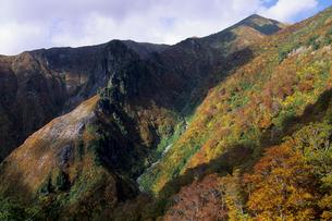 秋の巻機山の写真素材 [FYI01280348]