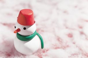 雪だるまの人形の写真素材 [FYI01287340]