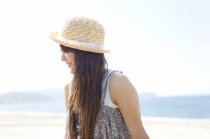 笑顔の女性の写真素材 [FYI01289321]