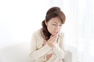 歯痛の女性の写真素材 [FYI01294344]