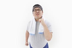 フィットネス中の肥満男性の写真素材 [FYI01295308]