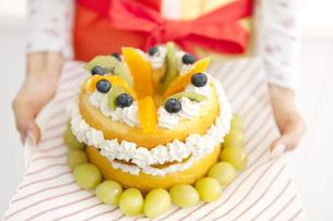 デコレーションケーキの写真素材 [FYI01299151]
