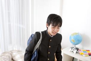 笑顔の男子中高生の写真素材 [FYI01299840]