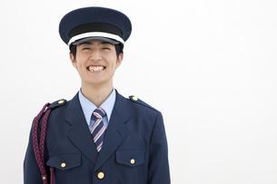 笑顔の警備員の写真素材 [FYI01303473]