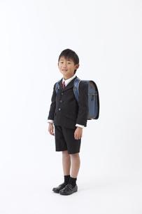 ランドセルを背負った男の子の写真素材 [FYI01307063]