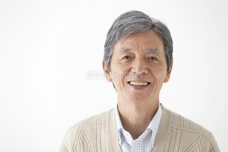 笑顔の中高年男性の写真素材 [FYI01309013]