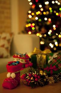 クリスマスプレゼントイメージの写真素材 [FYI01309559]