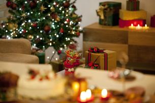 クリスマスプレゼントイメージの写真素材 [FYI01309725]