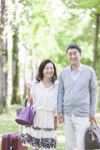 笑顔の中高年夫婦の写真素材 [FYI01312866]