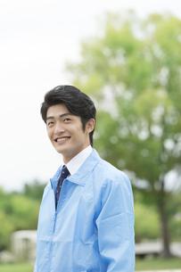 笑顔のビジネスマンの写真素材 [FYI01315295]