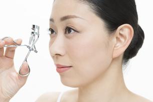 日本人女性の美容イメージの写真素材 [FYI01315870]