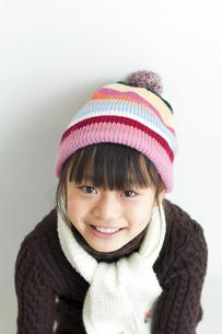 冬服を着た女の子の写真素材 [FYI01316359]