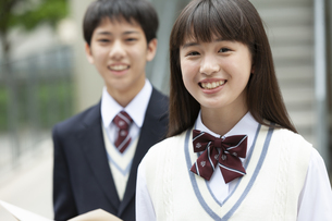 笑顔の中高生の写真素材 [FYI01318343]