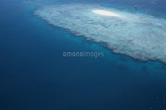 海 島 空撮の写真素材 [FYI01322668]