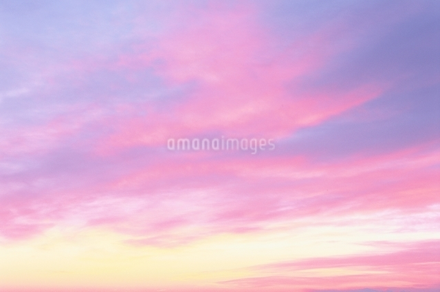 朝の雲の写真素材 [FYI01324184]