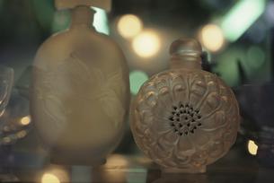 アンティーク香水瓶の写真素材 [FYI01325667]