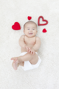 笑顔の赤ちゃんの写真素材 [FYI01326557]