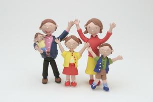 5人家族のクラフトの写真素材 [FYI01326683]