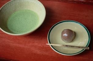 茶 和菓子の写真素材 [FYI01326946]
