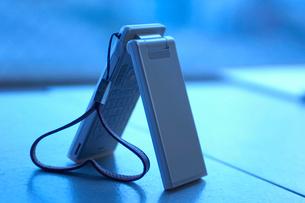 ハートと携帯電話の写真素材 [FYI01332496]