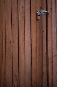 木製扉の写真素材 [FYI01340721]