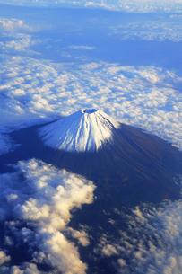 富士山上空の写真素材 [FYI01343528]