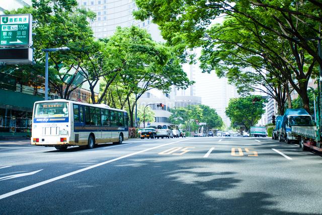 新宿のオフィス街の写真素材 [FYI01343626]