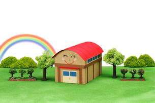 学校の体育館と虹の写真素材 [FYI01345963]