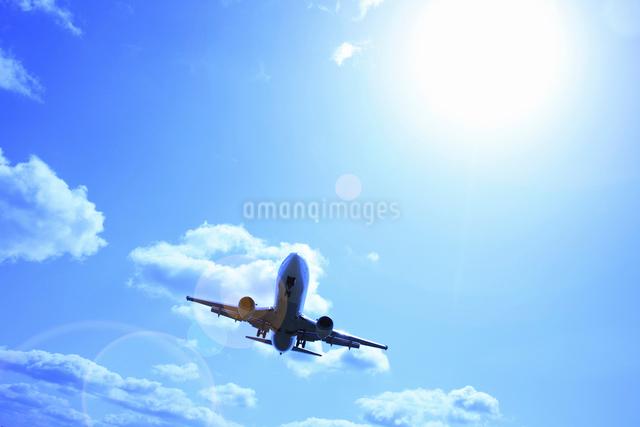飛行機の写真素材 [FYI01346497]