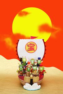 辰の七福神と宝船の写真素材 [FYI01346886]