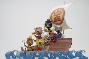 宝船に乗った七福神のイノシシの写真素材 [FYI01349471]