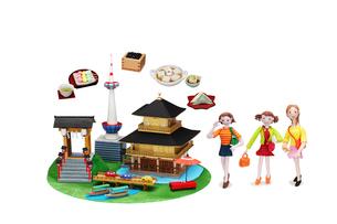 観光地クラフト 京都とご当地名物と女友達の写真素材 [FYI01351527]