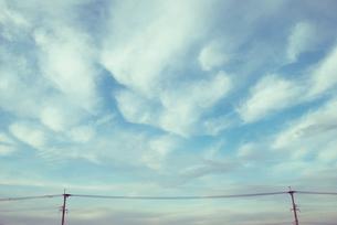 流れる雲の写真素材 [FYI01354971]