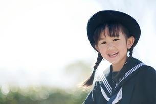 笑う幼稚園児の写真素材 [FYI01355836]