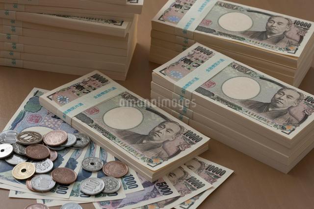 色々なお金の写真素材 [FYI01357891]
