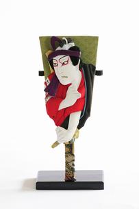 飾り用の伝統羽子板のミニチュアの写真素材 [FYI01363526]