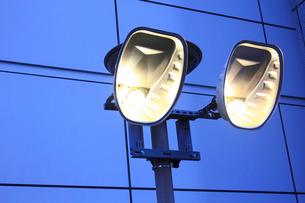 ナトリウム灯の写真素材 [FYI01365772]