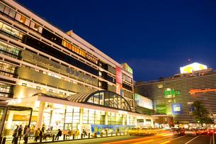 横浜駅西口の写真素材 [FYI01365924]
