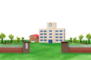 校門と校舎の写真素材 [FYI01369998]