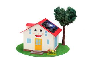 太陽光発電の家の写真素材 [FYI01372179]