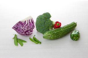 野菜(ビタミンC)の写真素材 [FYI01373336]