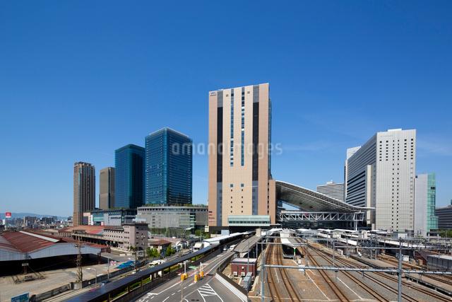 グランフロント大阪と大阪駅の写真素材 [FYI01375089]