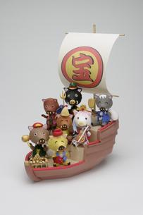 宝船に乗った七福神のイノシシの写真素材 [FYI01375291]