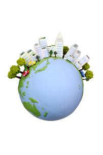 地球と太陽光発電のビルの写真素材 [FYI01375314]