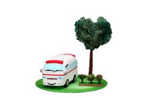 救急車とハートの木の写真素材 [FYI01376120]