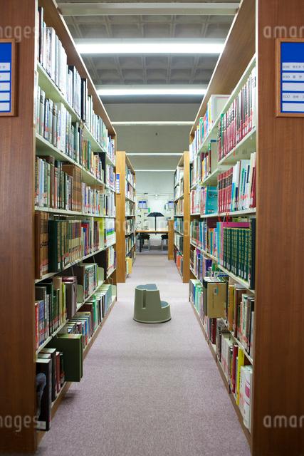 図書室の写真素材 [FYI01379395]