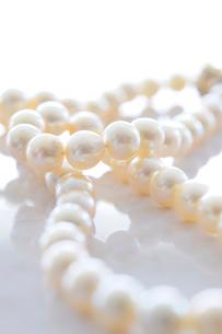 真珠のネックレスの写真素材 [FYI01382157]