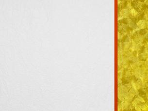 赤と金を重ねて配置した和風壁紙の写真素材 [FYI01385883]