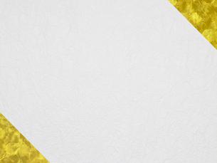 角に金色を配置した和風壁紙の写真素材 [FYI01386579]