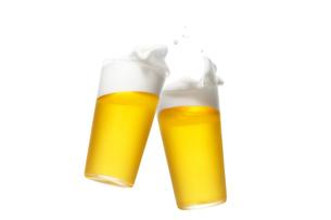 2杯のグラスに入ったビールの写真素材 [FYI01391477]